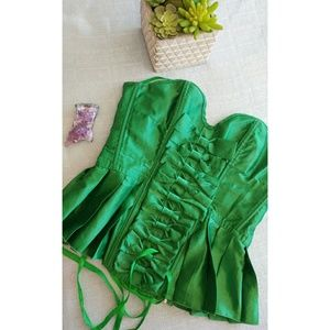 Green silk correst